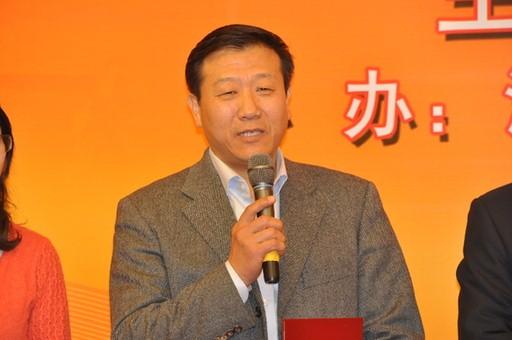 2013年1月23日,2012年度国内十大科技新闻入选单位代表海军政治部宣传部上校曹金平发言。