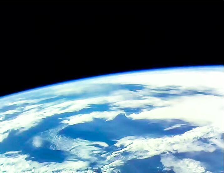 我国首颗教育共享卫星少年星一号拍回地球照片