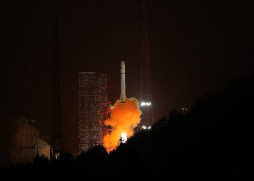 """第32颗北斗卫星发射:承上启下""""替补队员""""亦精彩"""