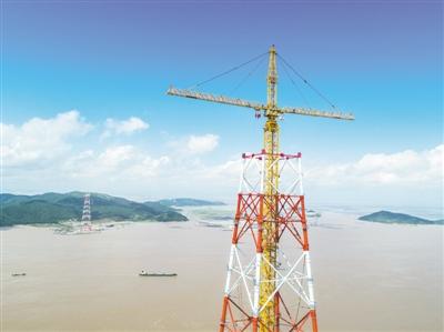 世界最高输电铁塔进入施工冲刺阶段