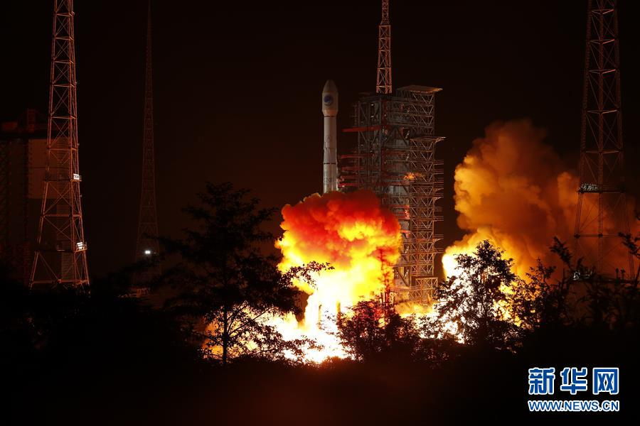 我国在西昌卫星发射中心用长征三号乙运载火箭,成功发射第49颗北斗导航卫星