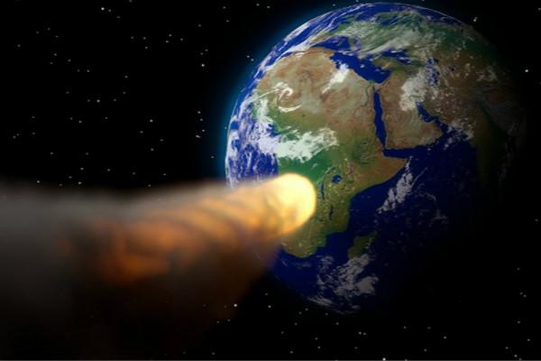 NASA声称:金字塔大小行星2022撞地球?