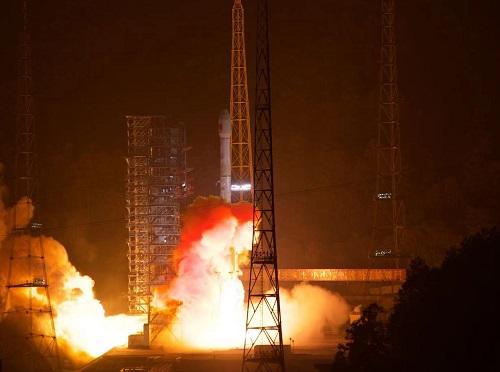 天通一号02星发射成功 服务亚太地区移动通信