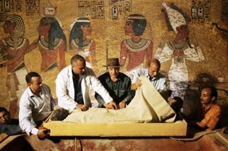 古埃及法老王他-约於公元前1323年身亡的图坦卡蒙充满神秘,死因及身世均多谜团.图片