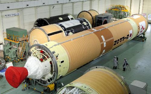 h2a14号新型火箭因发动机燃烧产生的震动能减少50%,同时为了控制燃气
