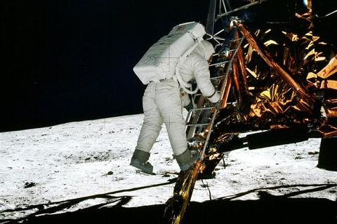 月亮与地球的对话答案
