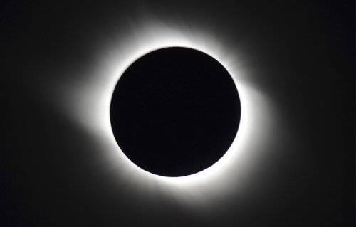 日食 - yanyuhongchen00 - 烟雨红尘的博客