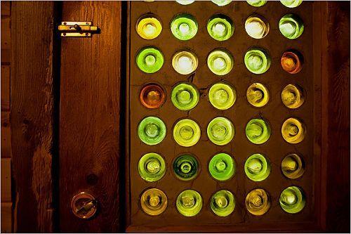 玻璃/图:用酒瓶底部装饰的门和荷兰人门上用的彩色玻璃的效果有...