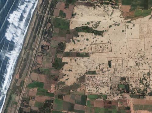 世界遗产壮观卫星照片:埃及吉萨金字塔群等